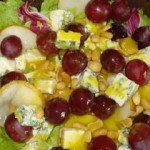 Sałatka z gruszkami i serem lazur